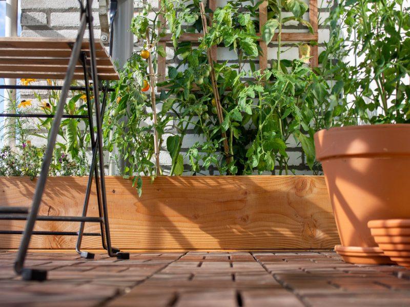 vlonder-houten-tegels-leggen